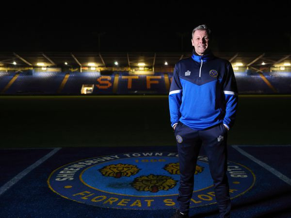 Steve Cotterill Unveiled as new Manager of Shrewsbury Town.