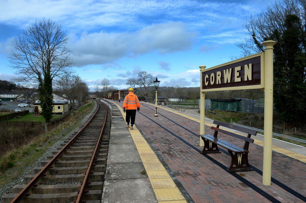 The empty platform at Corwen station