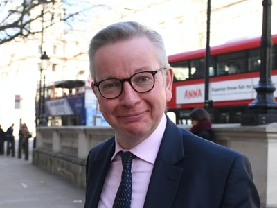 Hancock 'not frankly interested' in Gove not wearing a mask while shopping