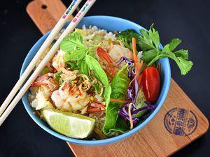 Prawn and rice stir fry
