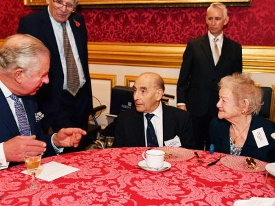 Charles given birthday serenade by Kindertransport refugees