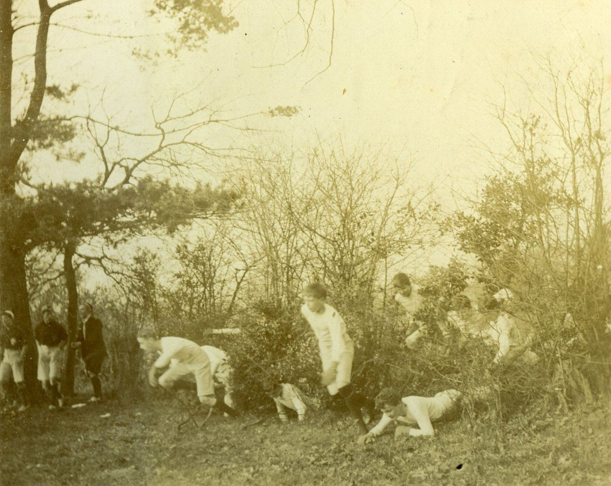 A steeplechase run in the 1880s