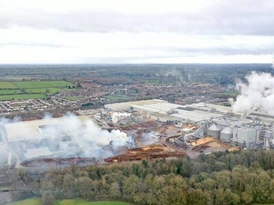 Air quality data from Chirk Kronospan factory fire to be reviewed