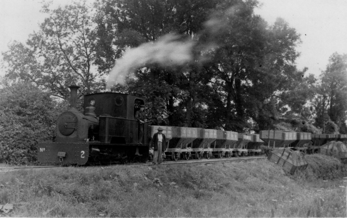 Loco No.2 departs Pontesbury with a train of empties, probably in June 1943.