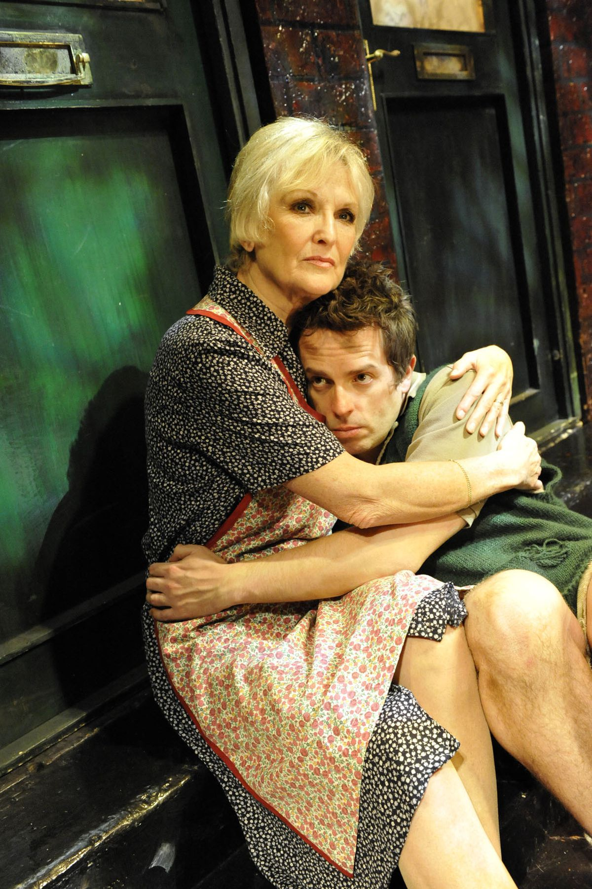 Lyn Paul returns for her farewell tour in the iconic role of Mrs Johnstone