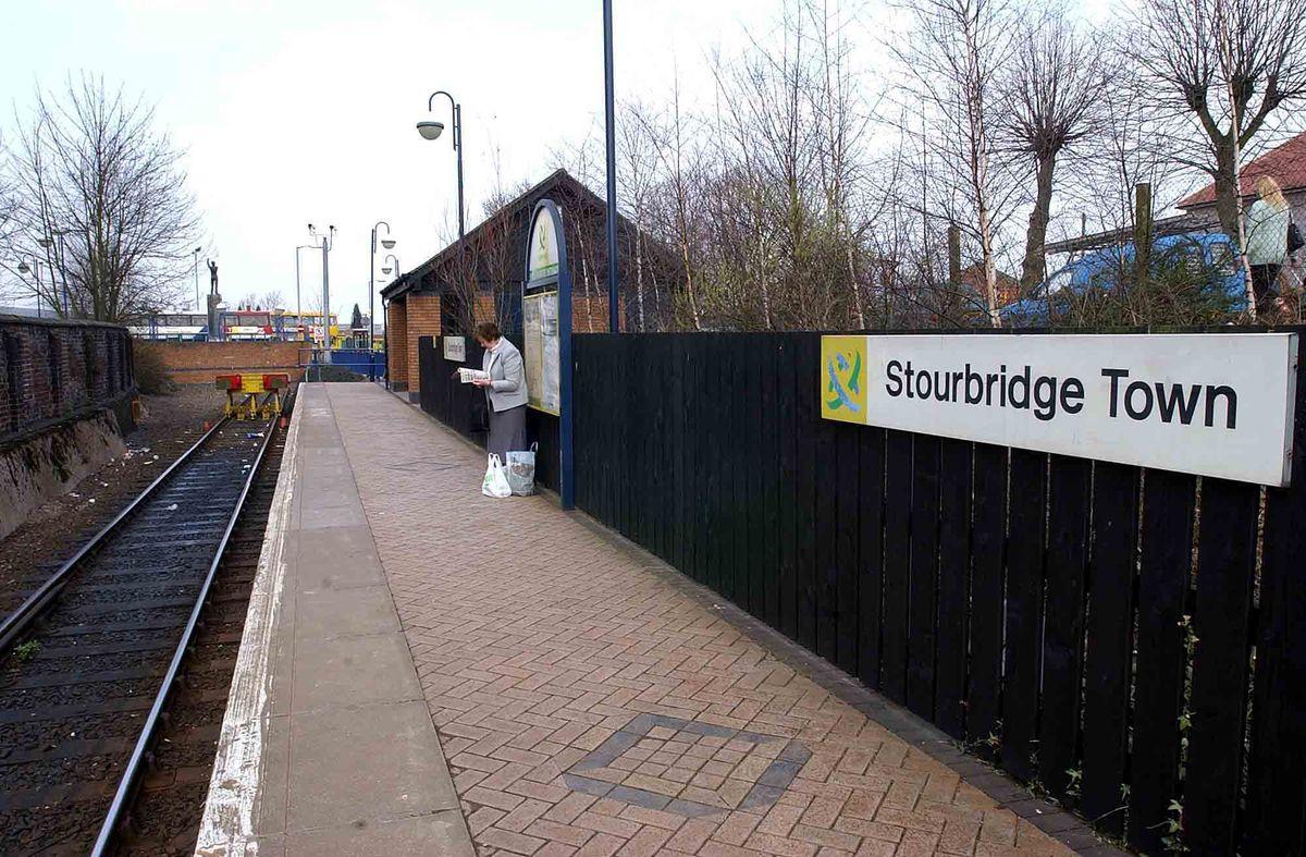 Stourbridge Town railway station