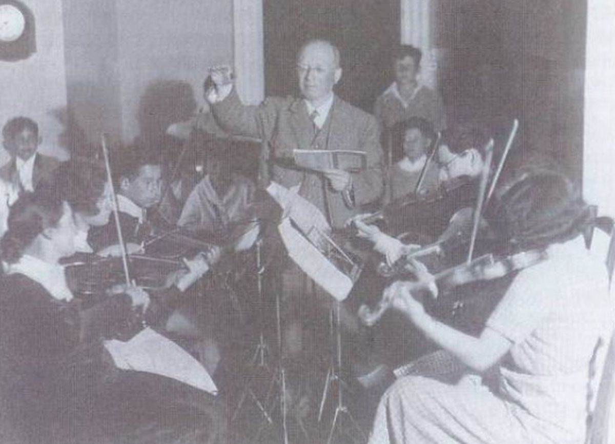 One of the music lessons