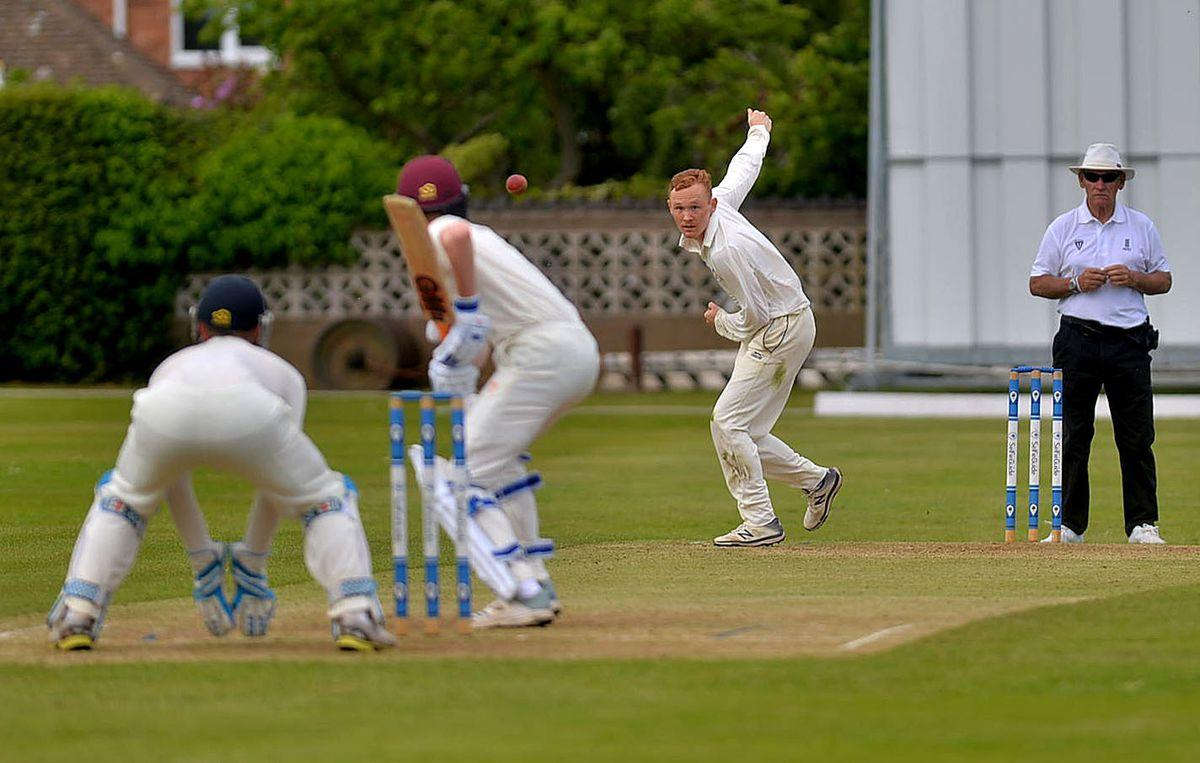 Dan Lloyd bowling for Wellington against Shrewsbury.