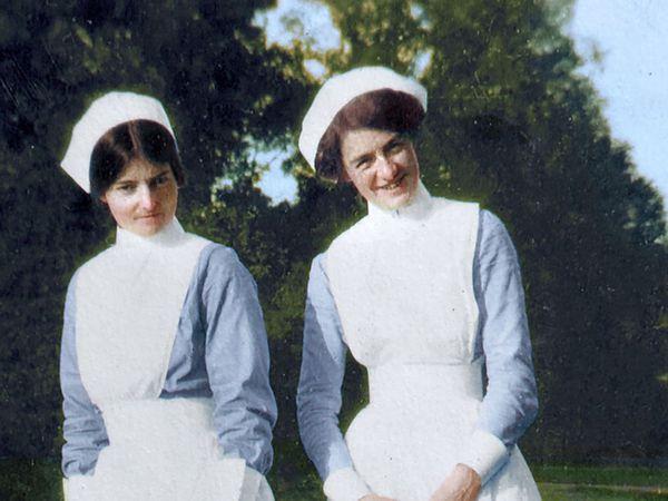 Olive Buller (left)