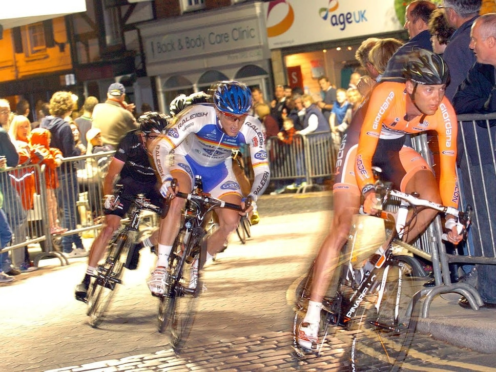 Newport Nocturne: Thousands expected for floodlit bike race