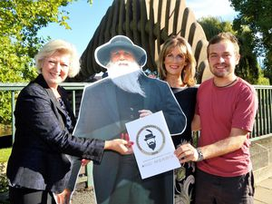 Professor Anna Sutton (UCS), Charles Darwin, Katie Morris (Morris & Co) and storyteller Jake Evans