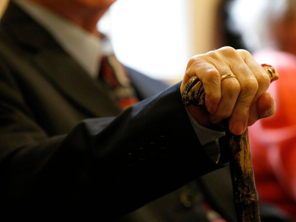 Dementia cases in Shropshire set to rise by nearly half in next decade, report warns - shropshirestar.com