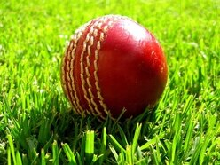 Late wickets leave Shropshire CCC in peril