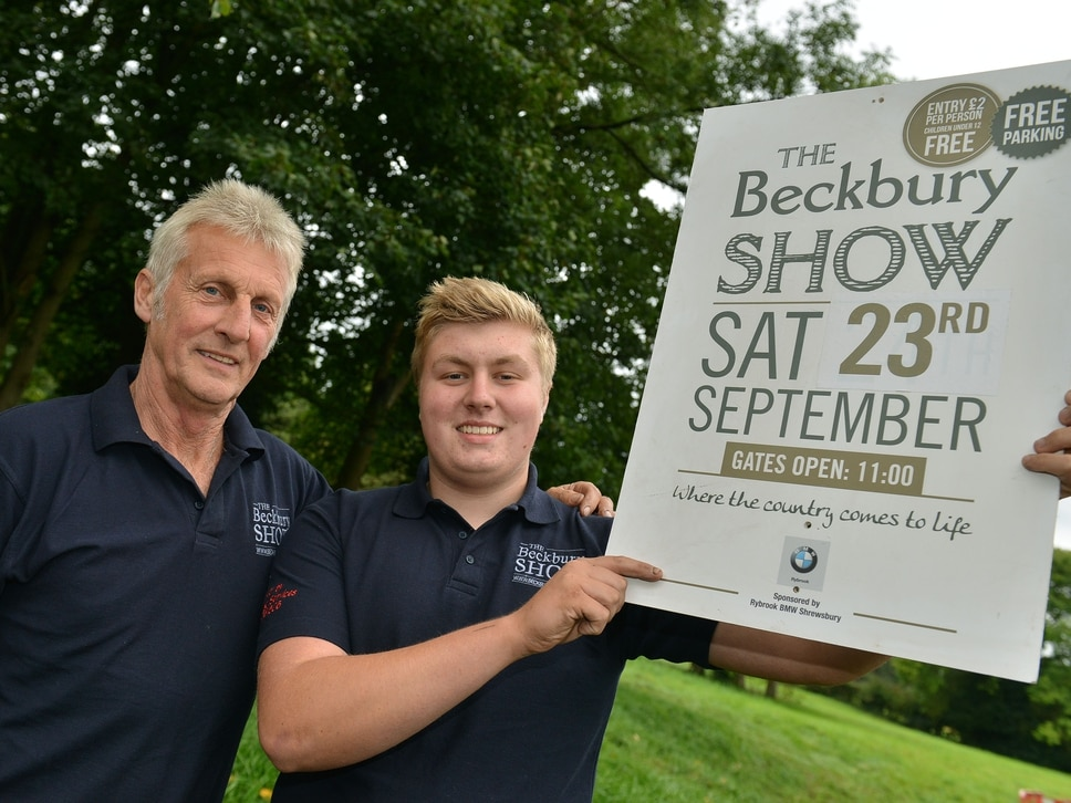 Thousands to attend village show