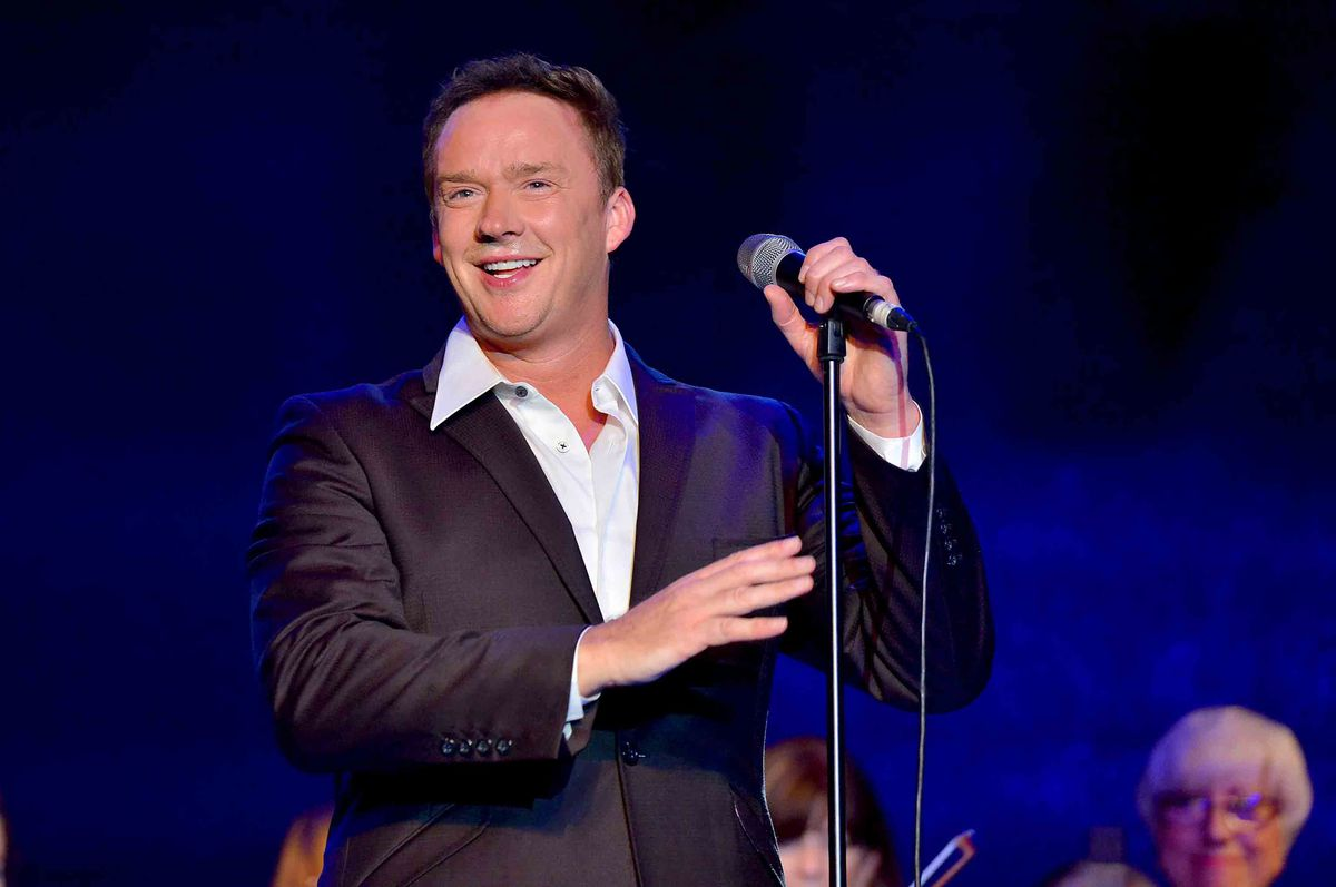 Russell Watson wows the crowd