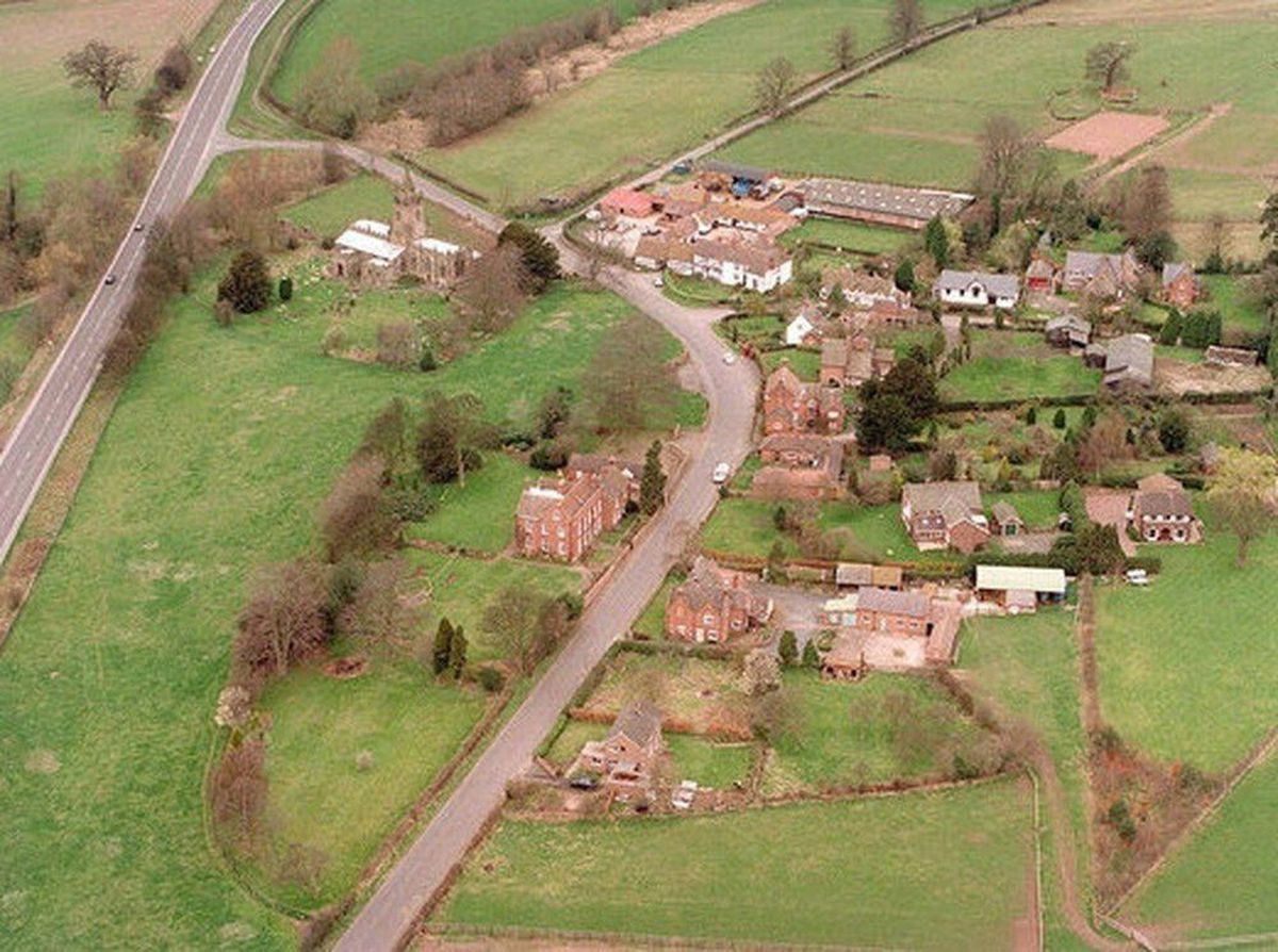 Aerial view of Tong