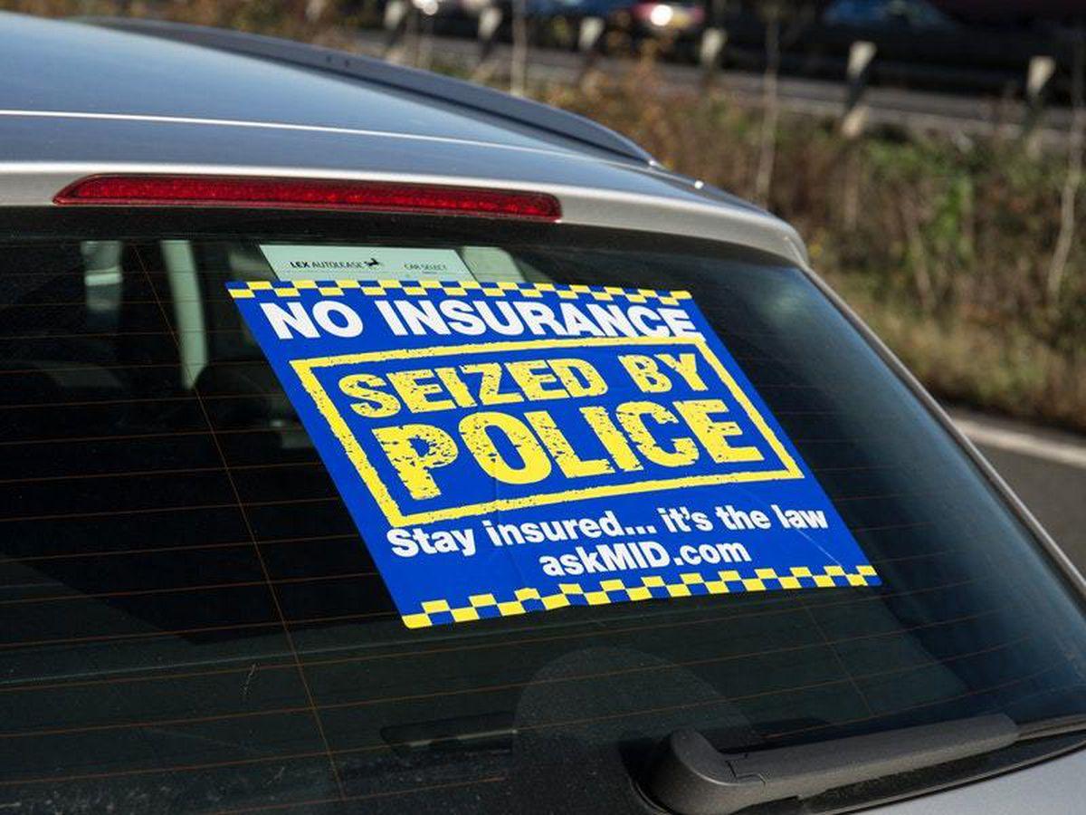 Police encircle M25 in huge crackdown on uninsured drivers