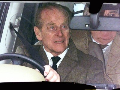 Eyewitness describes Duke of Edinburgh's car 'tumbling' during accident
