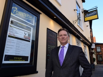 Popular Shrewsbury bar and hotel to close in New Year
