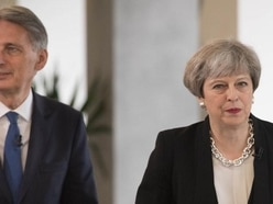 Hammond refuses to endorse May to lead Tories into next election