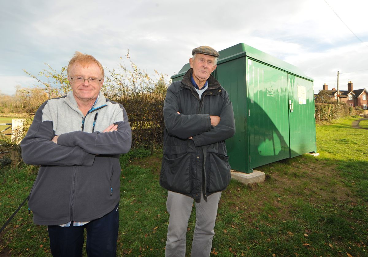 Lilleshall resident Paul Edwards with Councillor Andrew Baker at the replacement substation site in Limekiln Lane