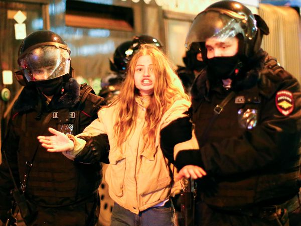 A woman is arrested in Moscow