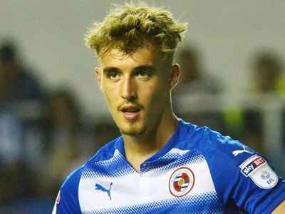 New signing Sam Smith backed to hit the right note at Shrewsbury Town after joining from Reading
