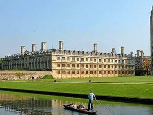 Cambridge University - explaining its statues