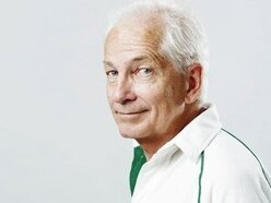 REVIEW: Cricket legend reminisces sell out show