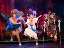 Peter Pan Goes Wrong coming to Birmingham