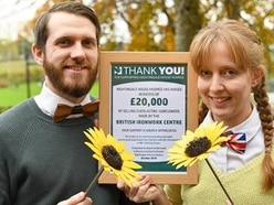 Flowers bring in thousands of pounds for hospices