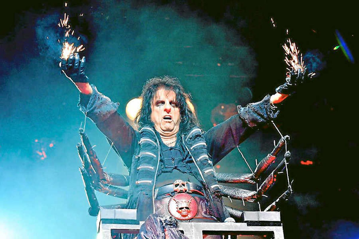 Alice Cooper says you don't know who might turn up to his Halloween party