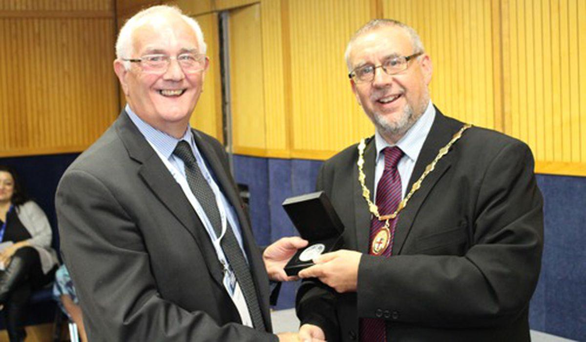 Graham Furber and IBMS President Ian Sturdgess