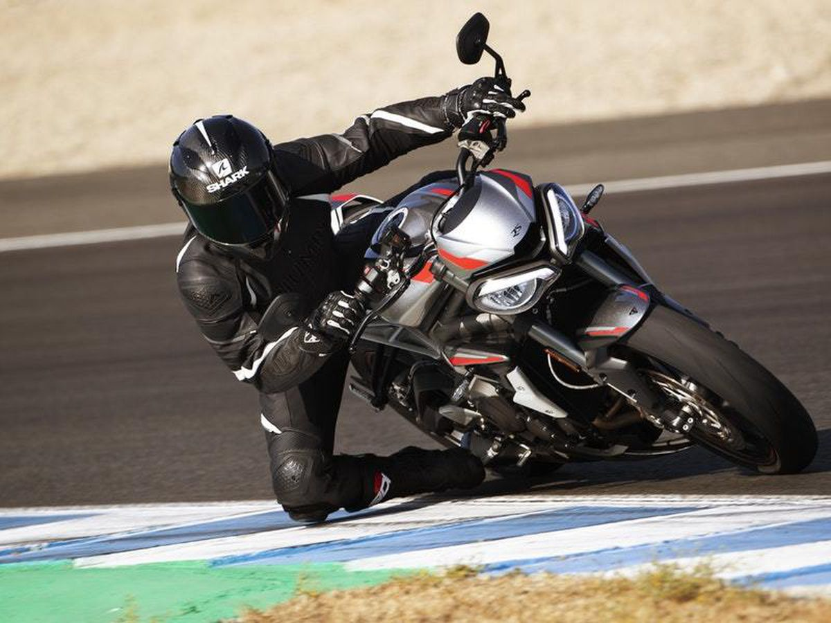 The new Street Triple RS gets race-derived tech