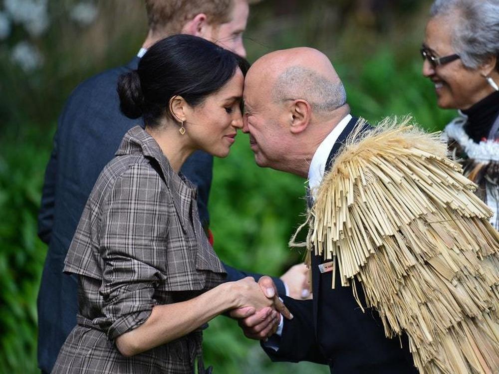 Maori Greeting Hongi: Harry And Meghan Receive Traditional Maori Greeting As