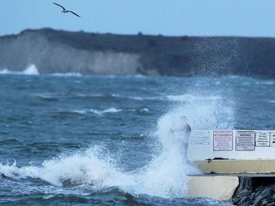 Disruptive and damaging winds predicted as Storm Deirdre hits Ireland
