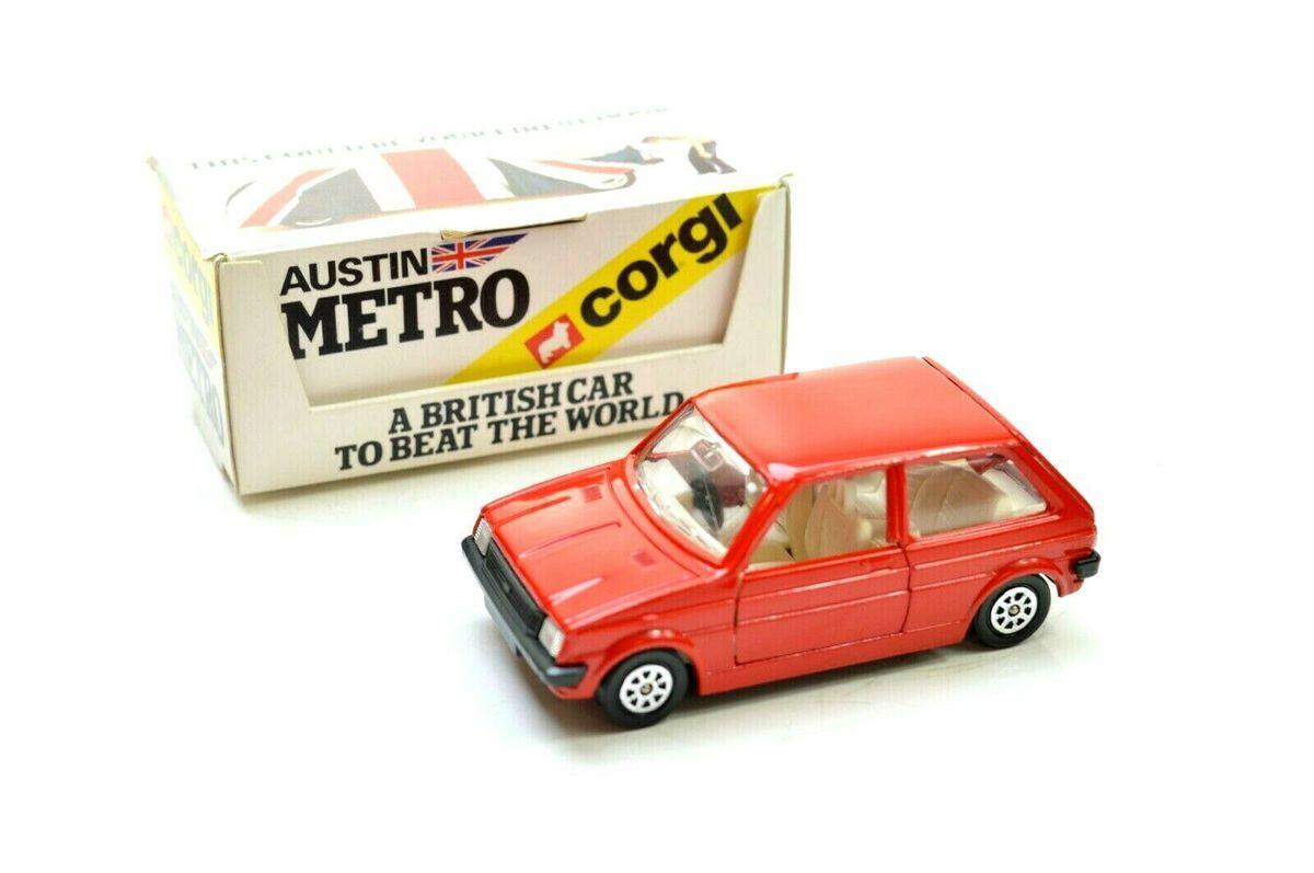 A patriotic Corgi model made the Metro an unlikely schoolboy pin-up