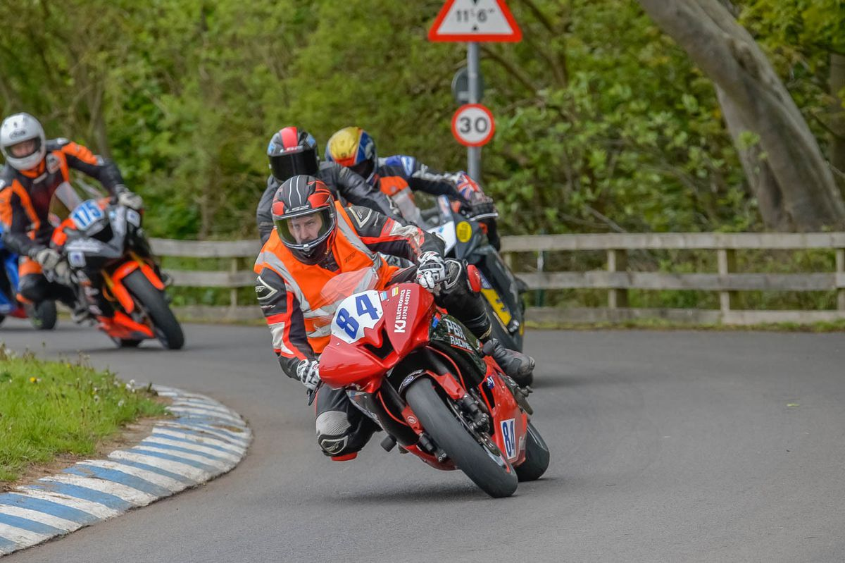 Evans leads the chasing pack in Scarborough. Picture: Tony Else