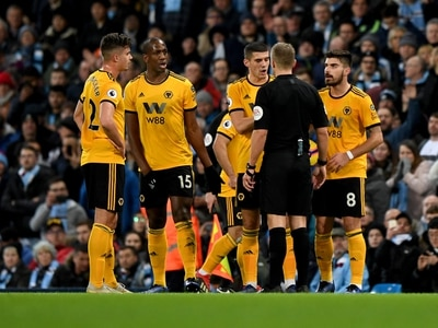 Manchester City 3 Wolves 0 – Report and pictures