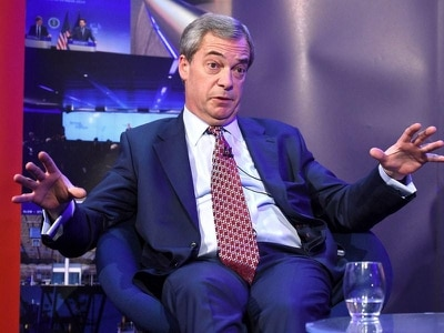 Farage accused of 'alienating' Ukip figures after criticising Robinson support