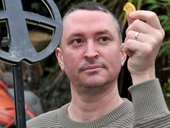 Detectorist strikes gold in Shropshire field