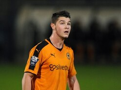 Shrewsbury Town to sign Brad Walker and loan him out