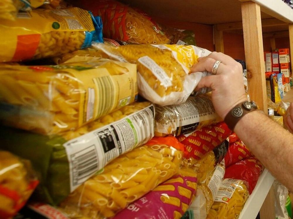 Hunt Supporters Donate To Shrewsbury Food Bank Shropshire Star
