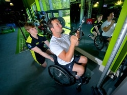 Shrewsbury fitness trainer helps climber who broke his back target Paralympics - with video