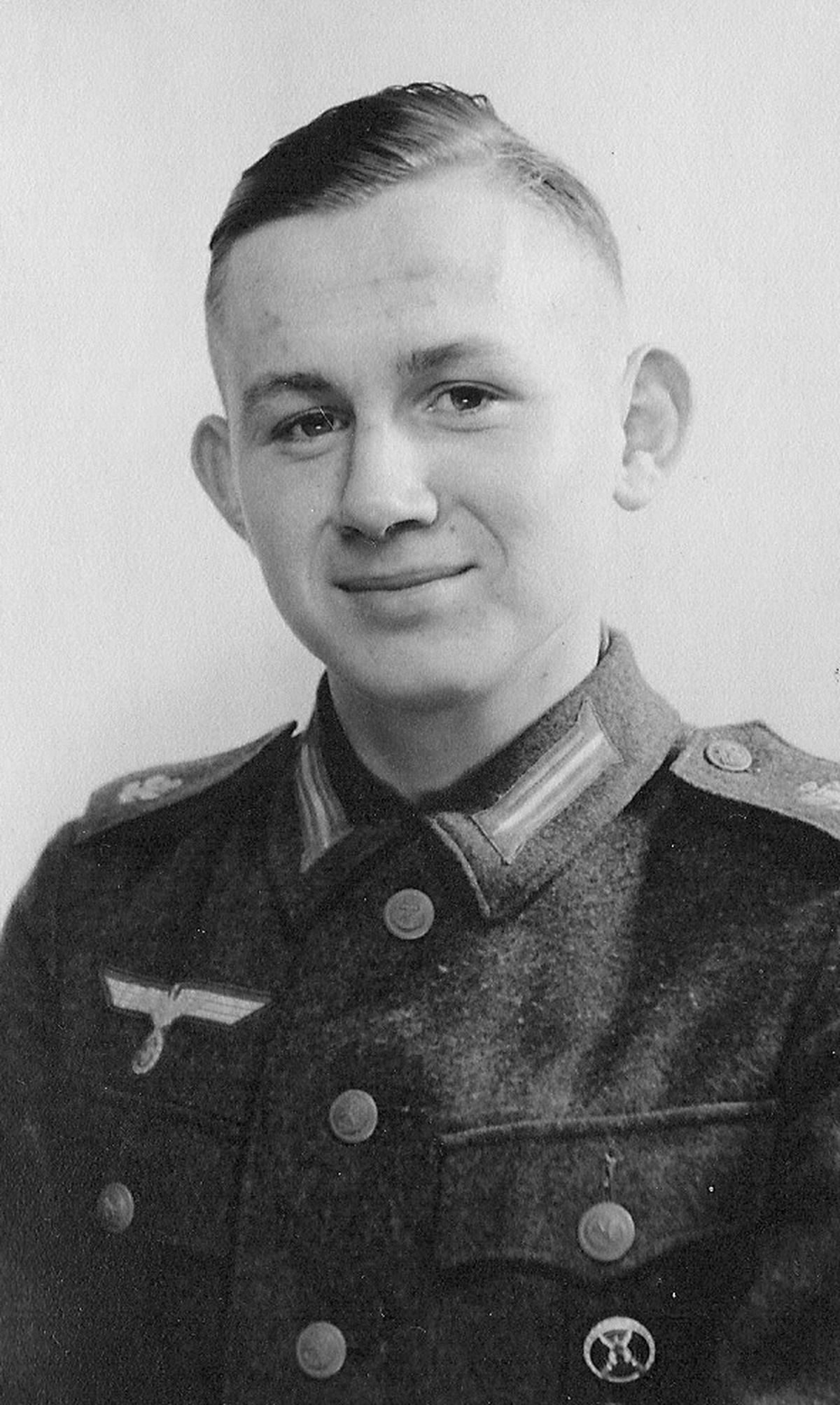 Heini in 1942 during initial training.