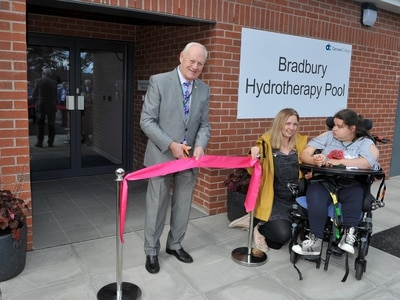 New pool for specialist college near Oswestry
