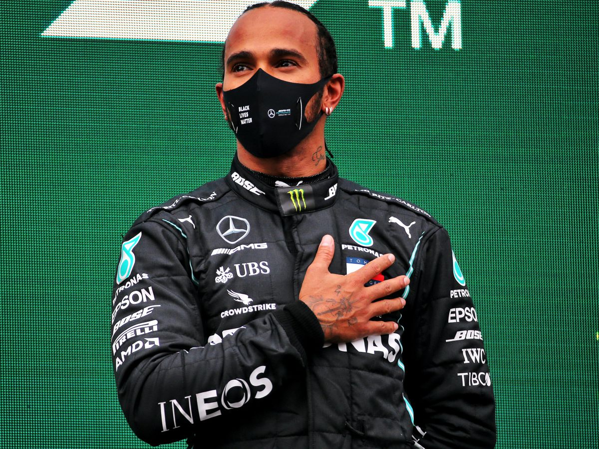 Lewis Hamilton (pictured) should not be denied a knighthood over his tax status according to Motorsport UK chairman David Richards