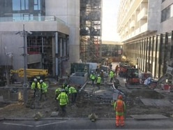 London Mayor 'forcibly' tells PM construction workers should not be on site