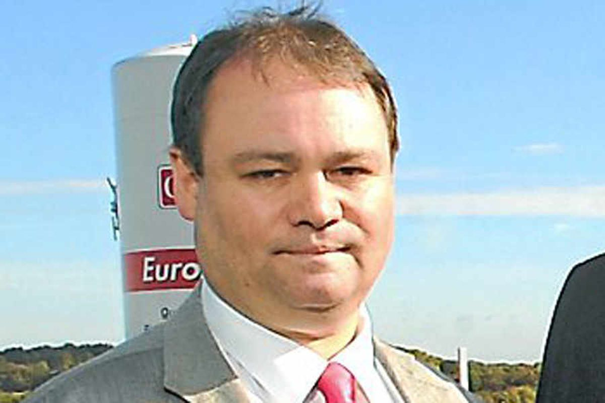 Tributes paid after death of Telford councillor
