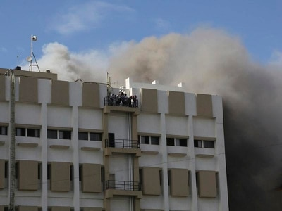 Dozens feared trapped in blazing building in Mumbai